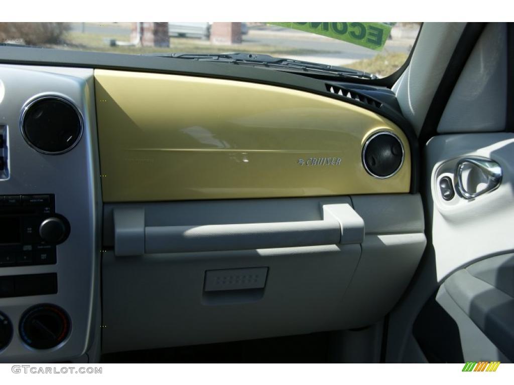 2007 PT Cruiser Touring - Pastel Yellow / Pastel Slate Gray photo #38