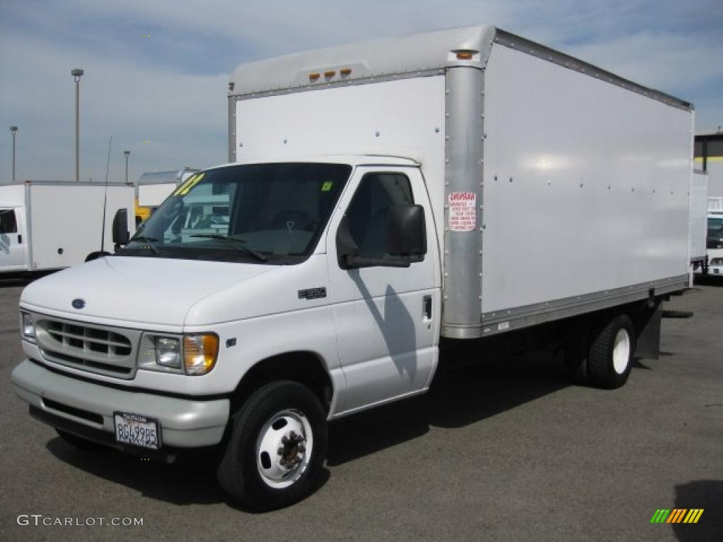 2002 Ford E Series Cutaway E350 Commercial Moving Truck
