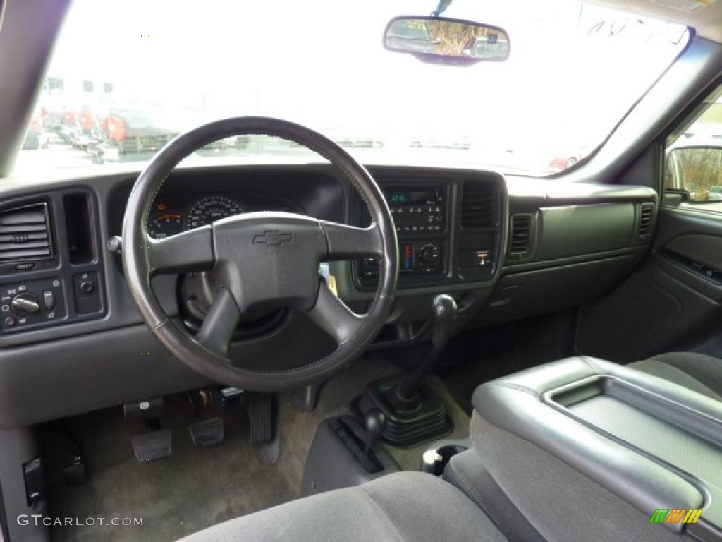 2005 Chevrolet Silverado 2500HD LT Crew Cab 4WD  cars
