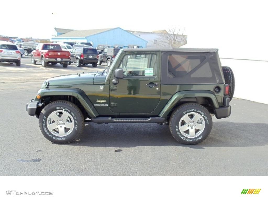 natural green pearl 2011 jeep wrangler sahara 4x4 exterior. Black Bedroom Furniture Sets. Home Design Ideas