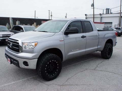 2010 Toyota Tundra Double Cab 4x4 Data, Info and Specs