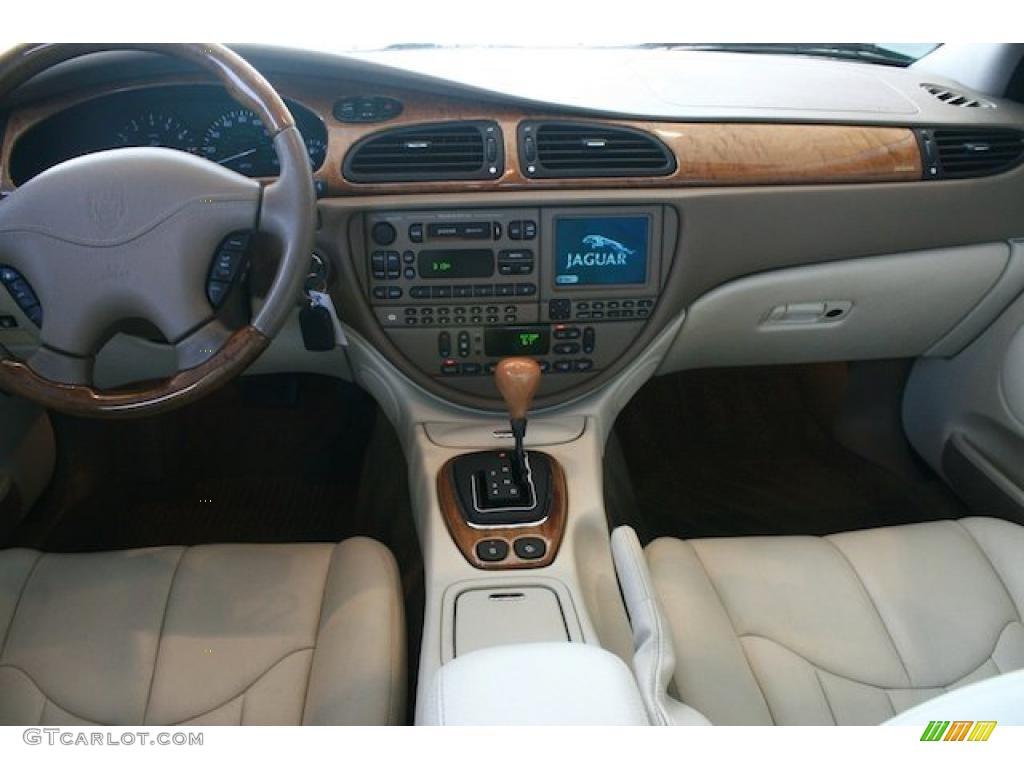 2002 jaguar s type 4 0 ivory dashboard photo 46707696. Black Bedroom Furniture Sets. Home Design Ideas