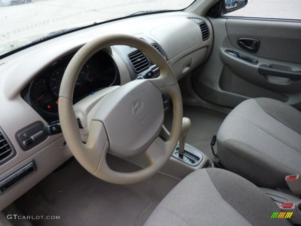 beige interior 2002 hyundai accent gl sedan photo 46710354 gtcarlot com gtcarlot com