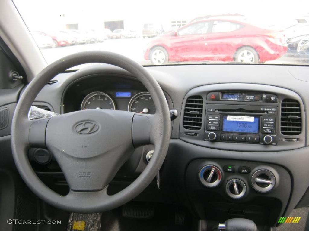 2011 Hyundai Accent GS 3 Door Controls Photo #46710927 ...