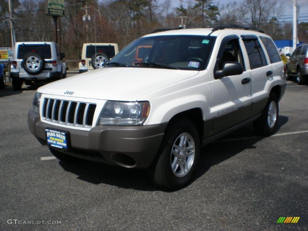 2004 stone white jeep grand cherokee laredo 4x4 46697394. Black Bedroom Furniture Sets. Home Design Ideas