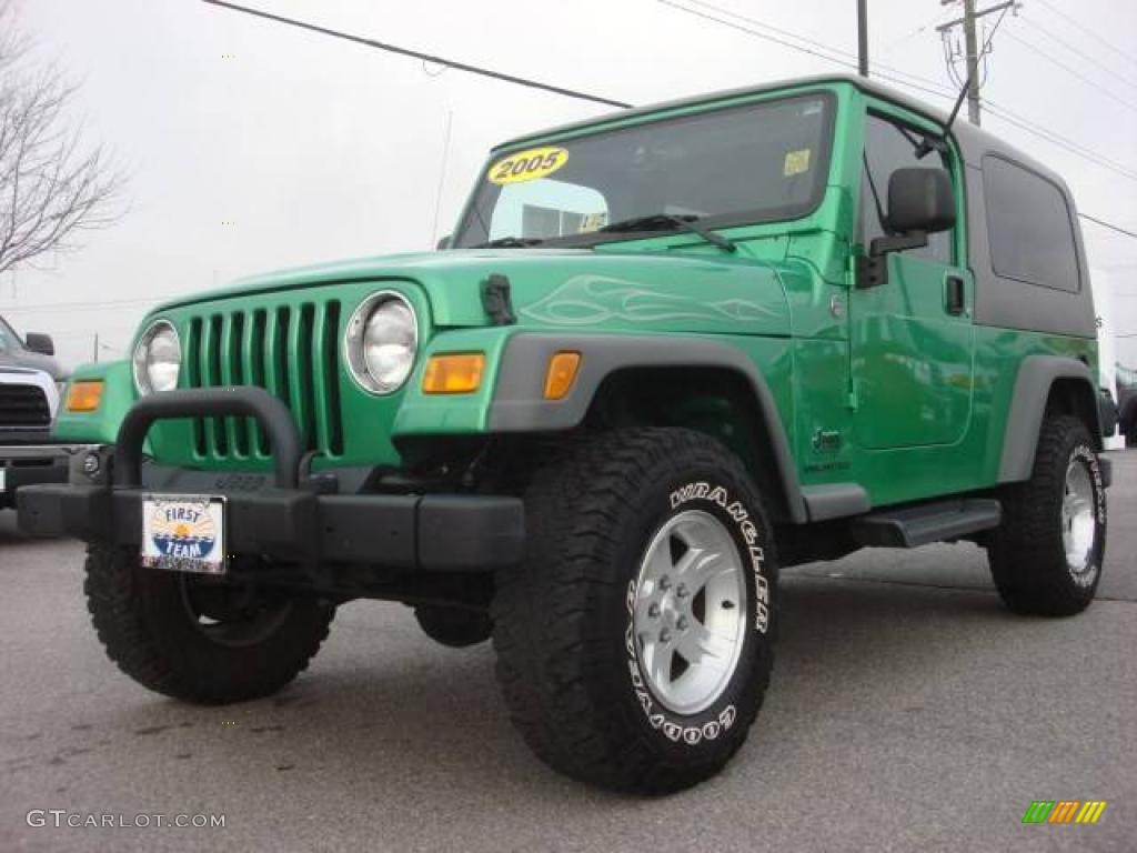 2005 Electric Lime Green Pearl Jeep Wrangler Unlimited 4x4