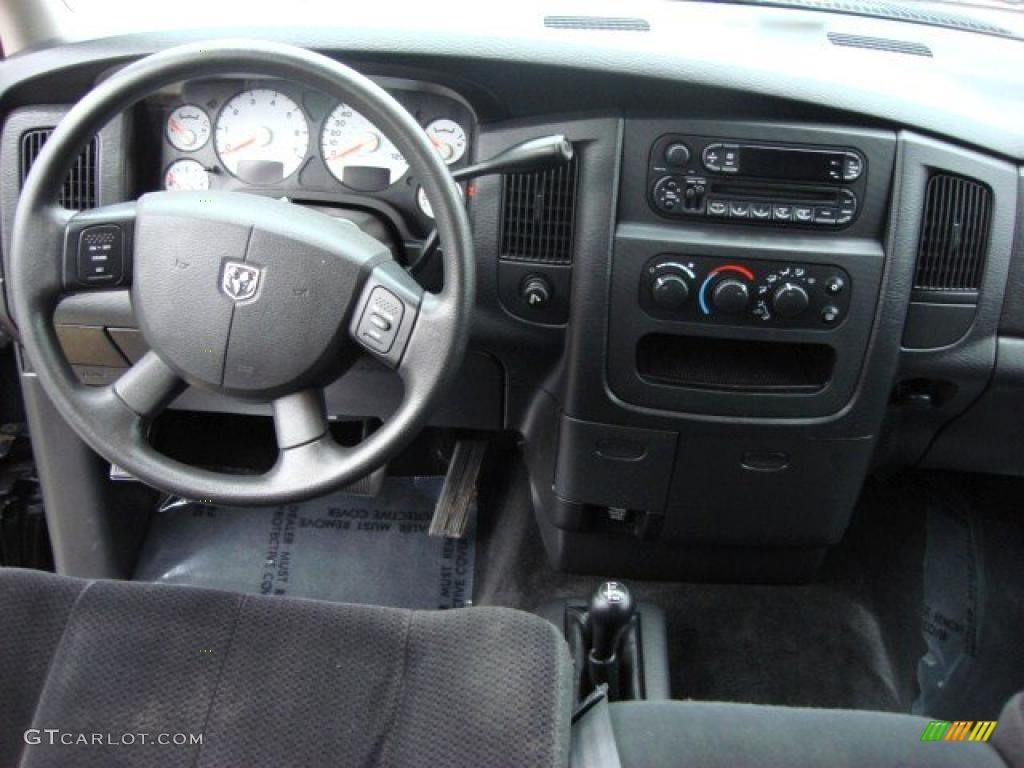 2004 Dodge Ram 2500 Slt Quad Cab 4x4 Dark Slate Gray Dashboard Photo Dash Parts