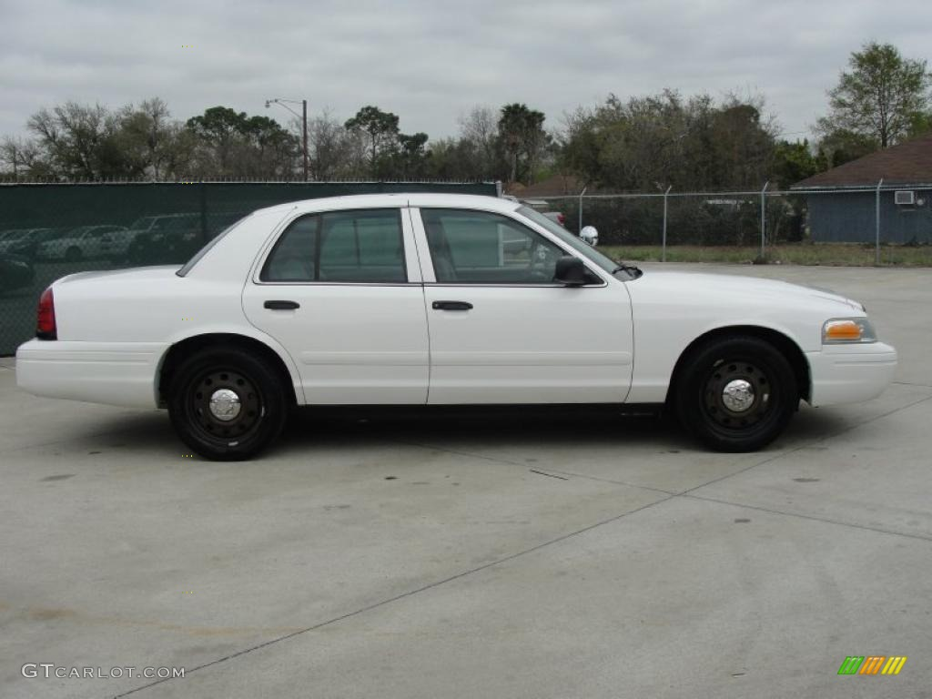 vibrant white 2007 ford crown victoria police interceptor exterior photo 46817079. Black Bedroom Furniture Sets. Home Design Ideas