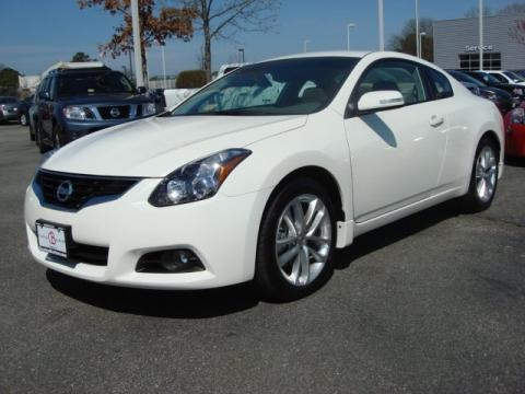 2011 nissan altima 3 5 sr coupe data info and specs. Black Bedroom Furniture Sets. Home Design Ideas