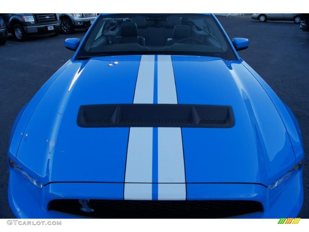 2011 Mustang Shelby GT500 SVT Performance Package Convertible - Grabber Blue / Charcoal Black/White photo #47