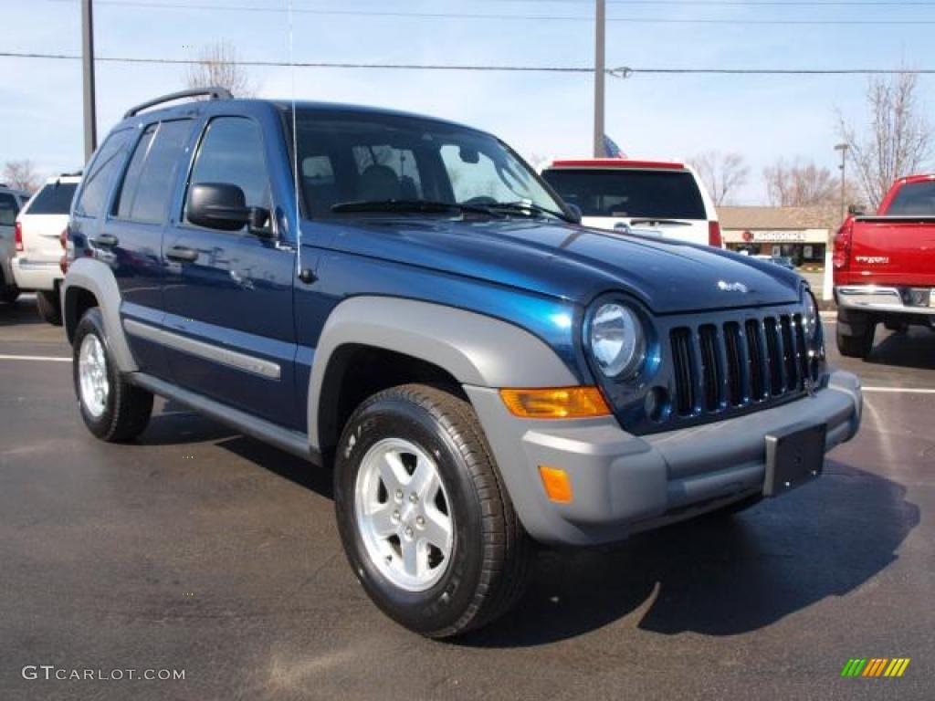 midnight blue pearl 2005 jeep liberty crd sport 4x4 exterior photo