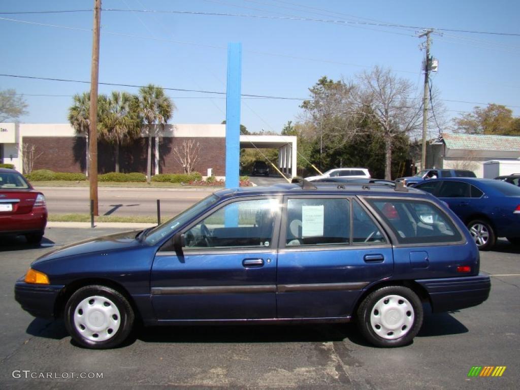 royal blue metallic 1995 ford escort lx wagon exterior. Black Bedroom Furniture Sets. Home Design Ideas