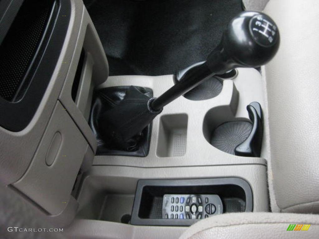 2003 dodge ram 1500 st regular cab 5 speed manual transmission photo 46919678. Black Bedroom Furniture Sets. Home Design Ideas