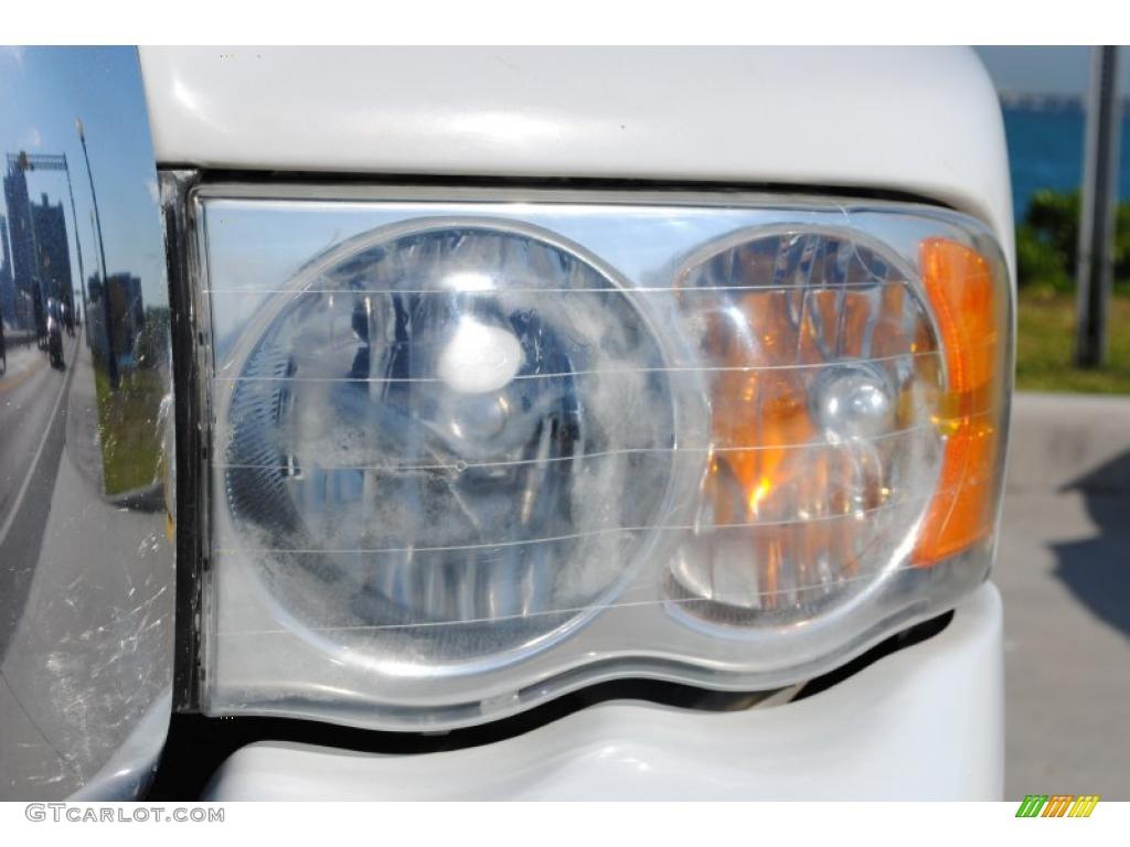 2002 Ram 1500 SLT Quad Cab 4x4 - Bright White / Dark Slate Gray photo #22