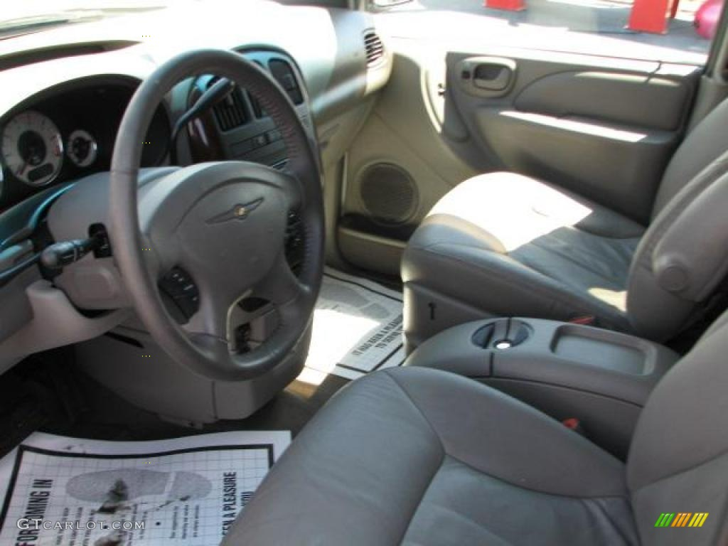 taupe interior 2002 chrysler town country lxi photo 46951701. Black Bedroom Furniture Sets. Home Design Ideas