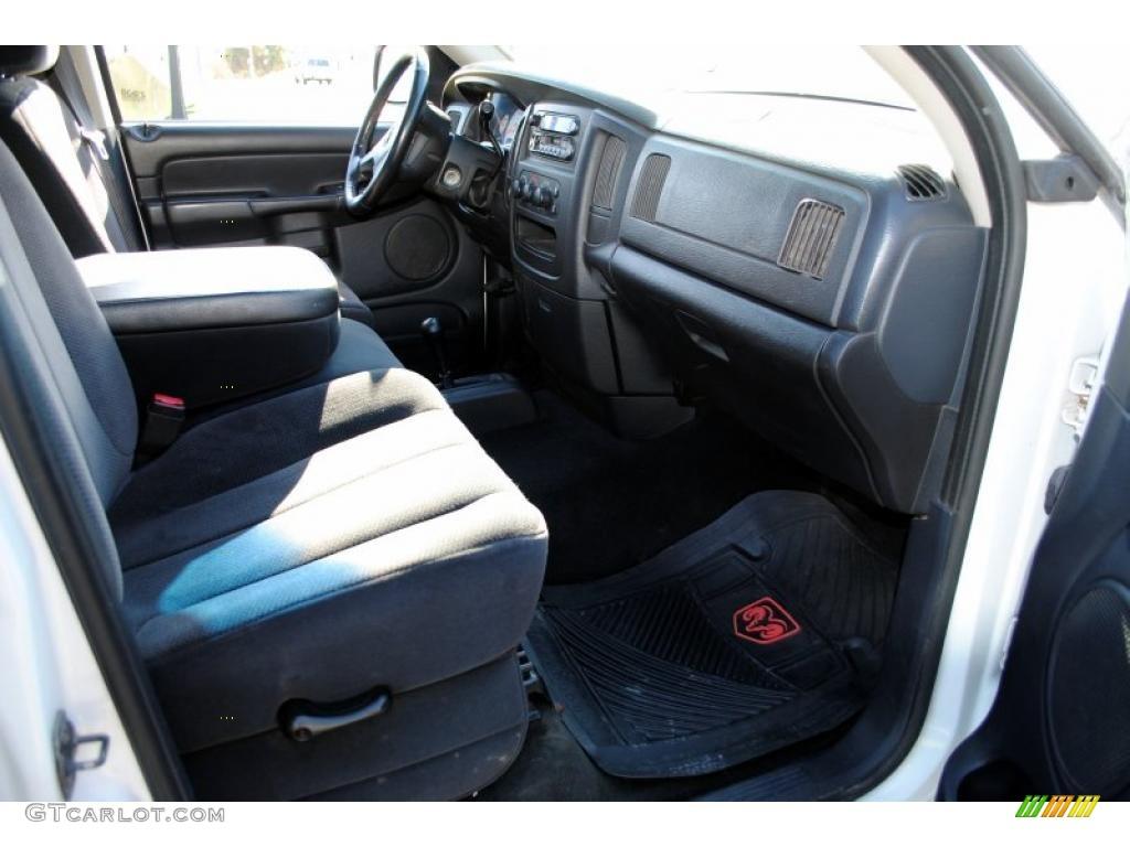 2002 Ram 1500 SLT Quad Cab 4x4 - Bright White / Dark Slate Gray photo #36