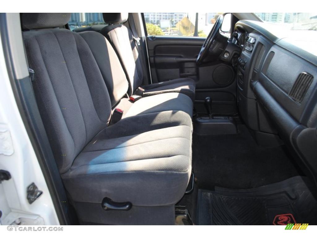 2002 Ram 1500 SLT Quad Cab 4x4 - Bright White / Dark Slate Gray photo #38