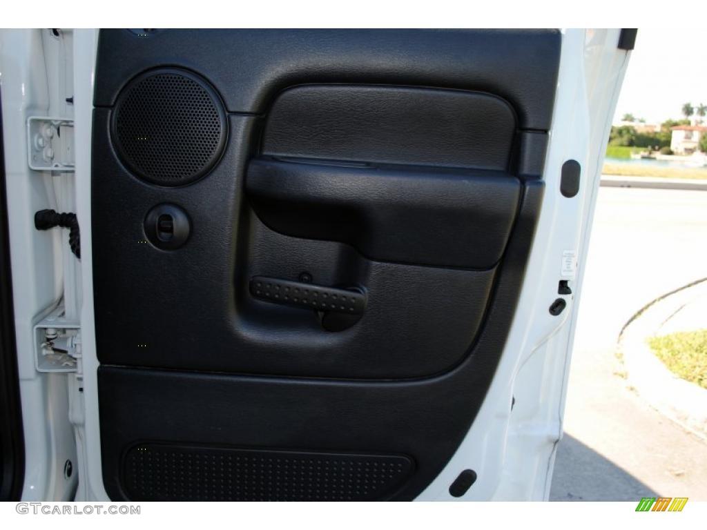 2002 Ram 1500 SLT Quad Cab 4x4 - Bright White / Dark Slate Gray photo #42