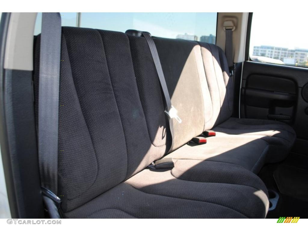 2002 Ram 1500 SLT Quad Cab 4x4 - Bright White / Dark Slate Gray photo #49