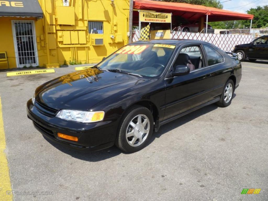 Superior 1995 Accord EX Coupe   Granada Black Pearl / Gray Photo #3