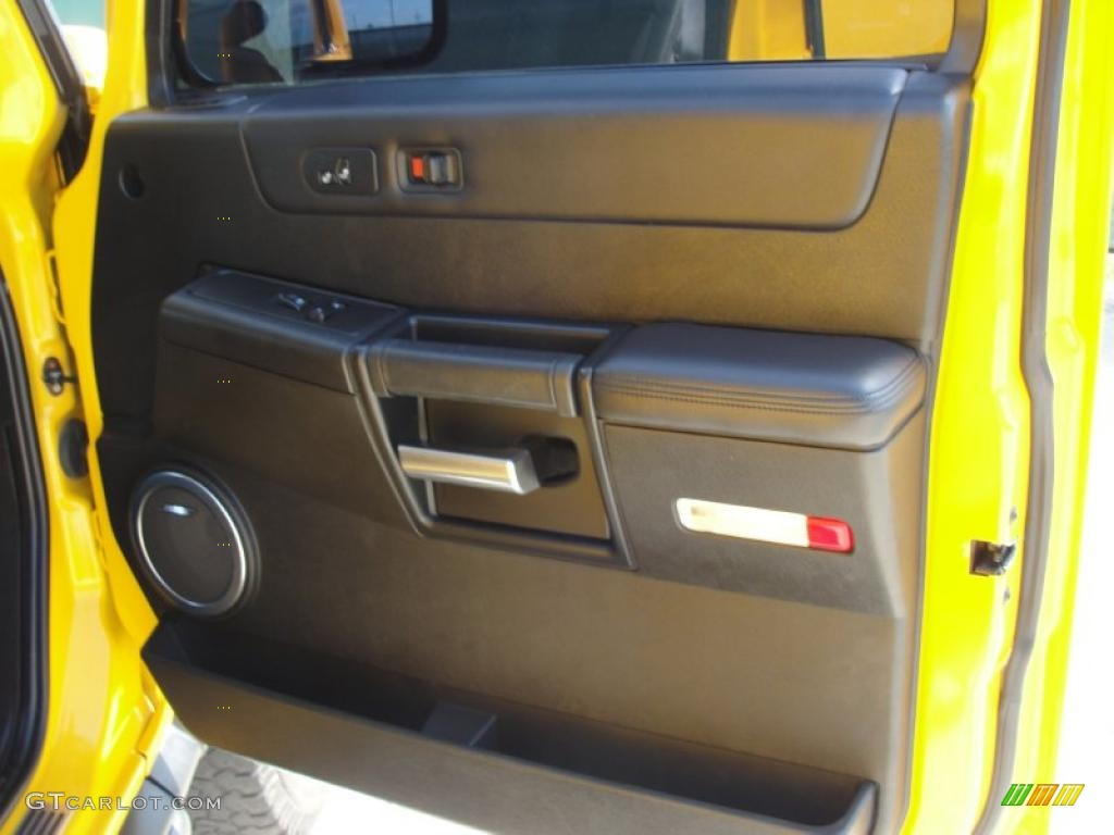2006 Hummer H2 SUV Ebony Door Panel Photo #46978872