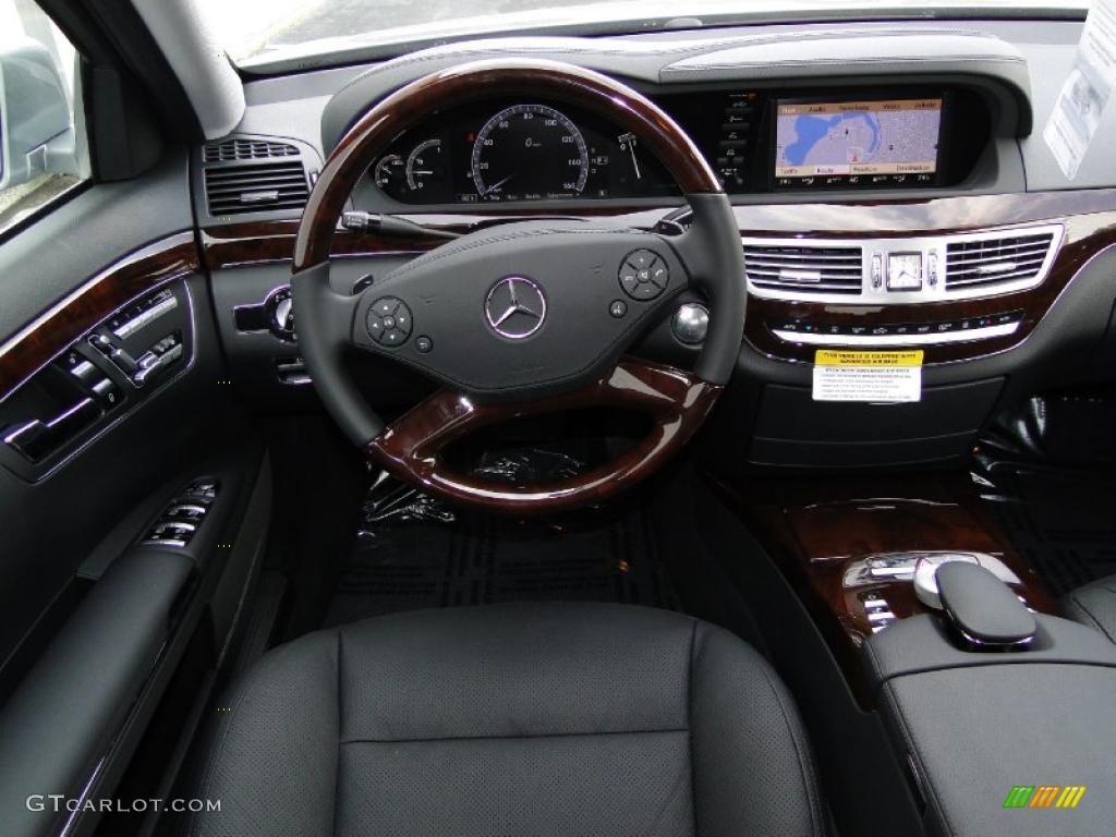 2011 mercedes benz s 550 sedan black dashboard photo for Mercedes benz dashboard lights not working