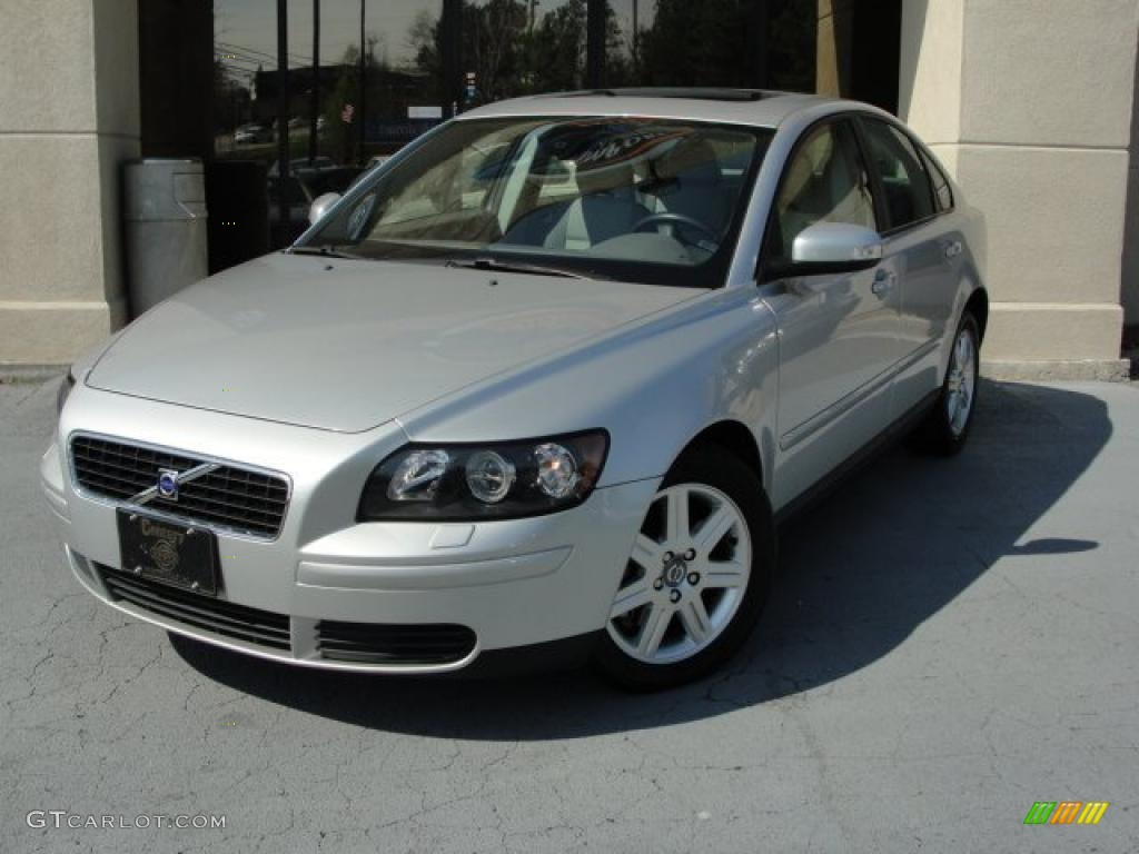 silver metallic 2007 volvo s40 exterior photo. Black Bedroom Furniture Sets. Home Design Ideas