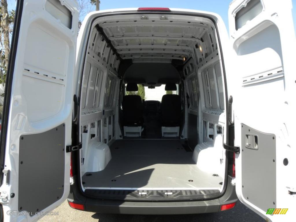 2011 mercedes benz sprinter 2500 high roof cargo van trunk for 2011 mercedes benz sprinter 2500
