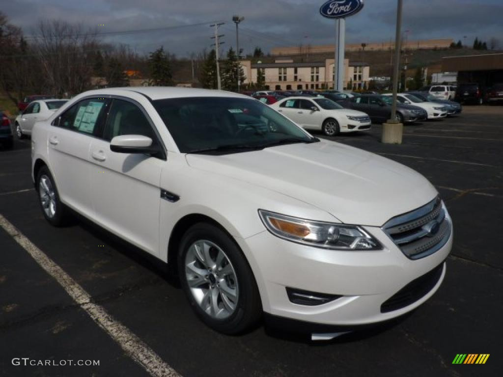 2011 white platinum tri coat ford taurus sel 47005377 car color galleries. Black Bedroom Furniture Sets. Home Design Ideas