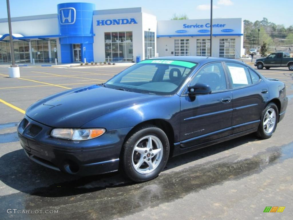 2002 blue black metallic pontiac grand prix gt sedan. Black Bedroom Furniture Sets. Home Design Ideas