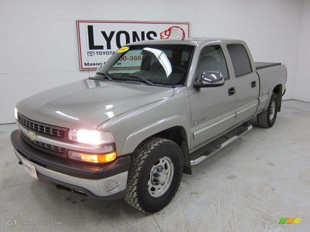 2002 Silverado 1500 LT Crew Cab 4x4 - Light Pewter Metallic / Graphite Gray photo #1