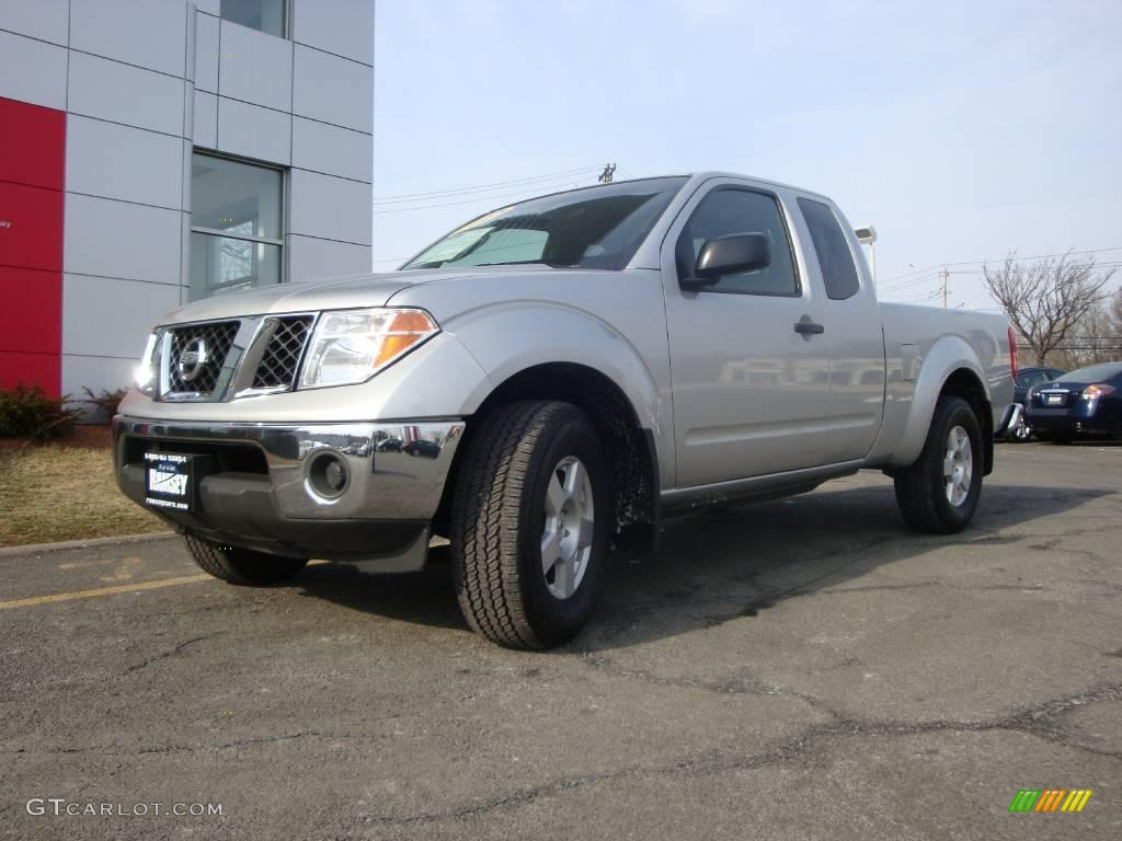 2005 radiant silver metallic nissan frontier se king cab. Black Bedroom Furniture Sets. Home Design Ideas