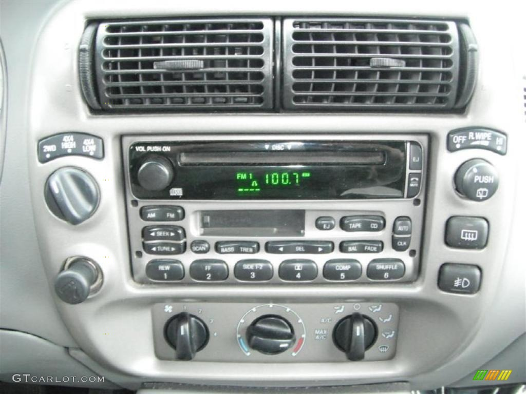 2003 Ford Explorer Sport XLT 4x4 Controls Photo #47137500