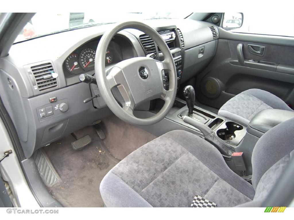 Gray interior 2003 kia sorento ex photo 47142669