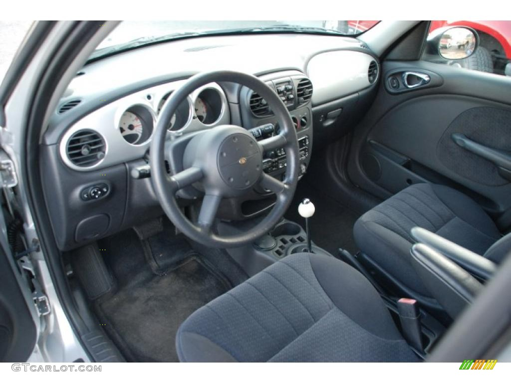 Dark slate gray interior 2004 chrysler pt cruiser touring for Dark grey interior