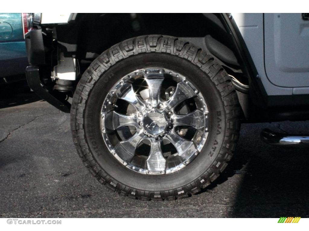 2006 Hummer H2 SUV Custom Wheels Photo #47188032