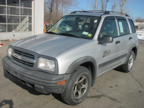 2002 chevrolet tracker zr2 4wd hard top data info and. Black Bedroom Furniture Sets. Home Design Ideas
