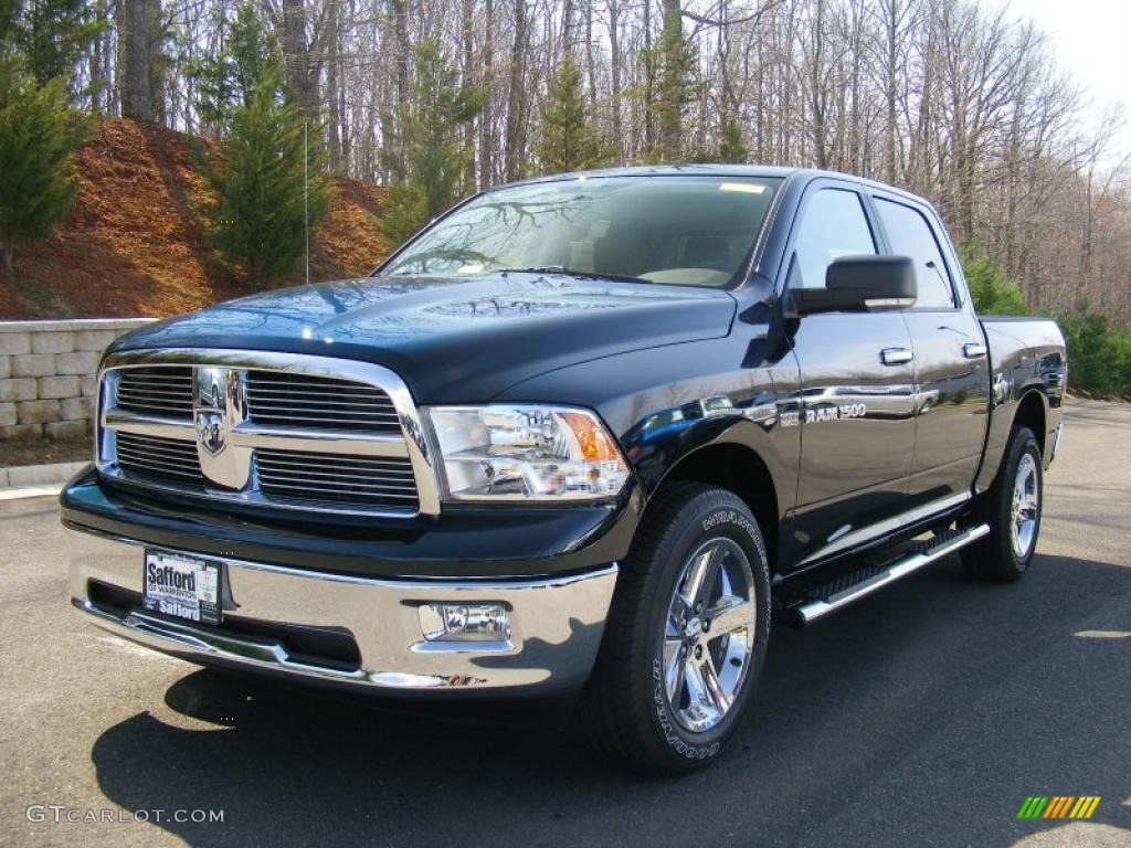 2011 hunter green pearl dodge ram 1500 big horn crew cab 4x4 47190467 car. Black Bedroom Furniture Sets. Home Design Ideas