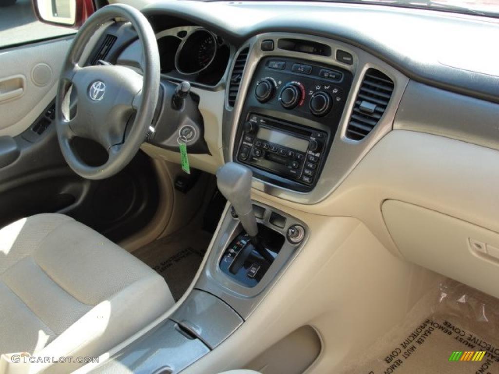2002 Toyota Highlander I4 Interior Photo 47213975