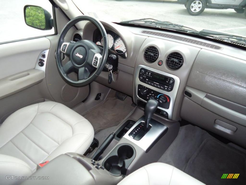 2004 Jeep Liberty Limited Light Taupe Taupe Dashboard Photo 47229890