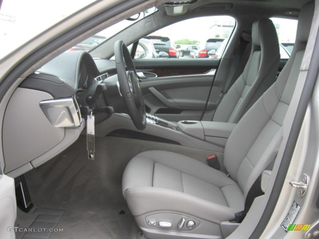 Black platinum grey interior 2011 porsche panamera turbo photo 47244746 for Porsche panamera interior dimensions