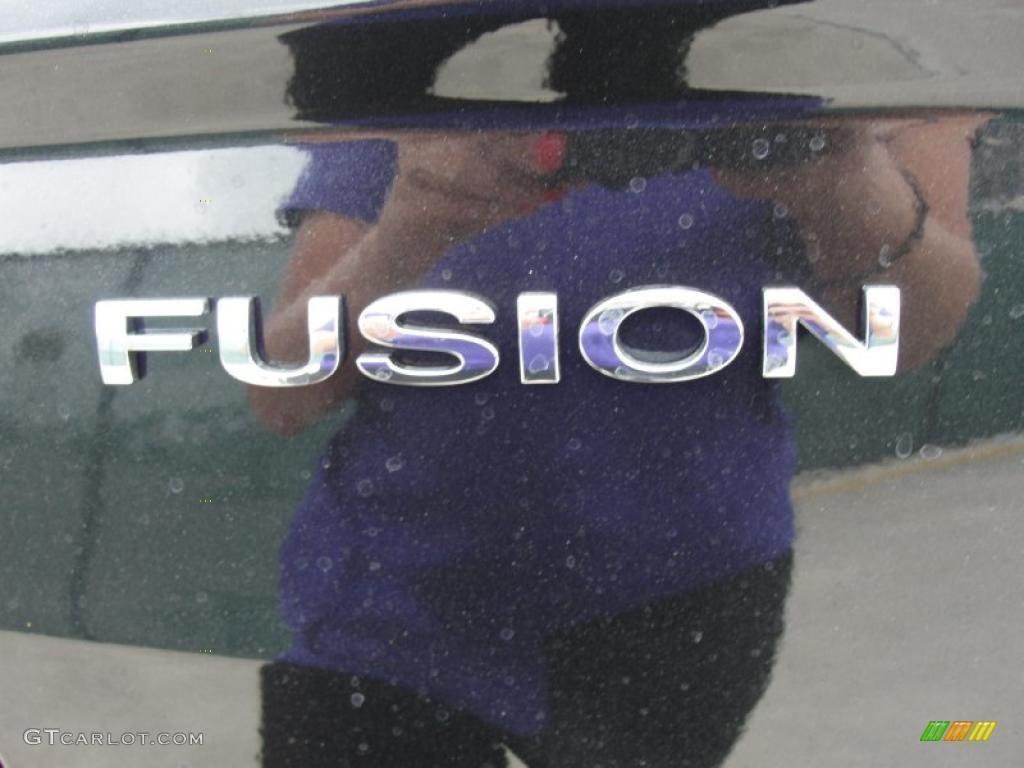 2011 Fusion SE - Tuxedo Black Metallic / Charcoal Black photo #15