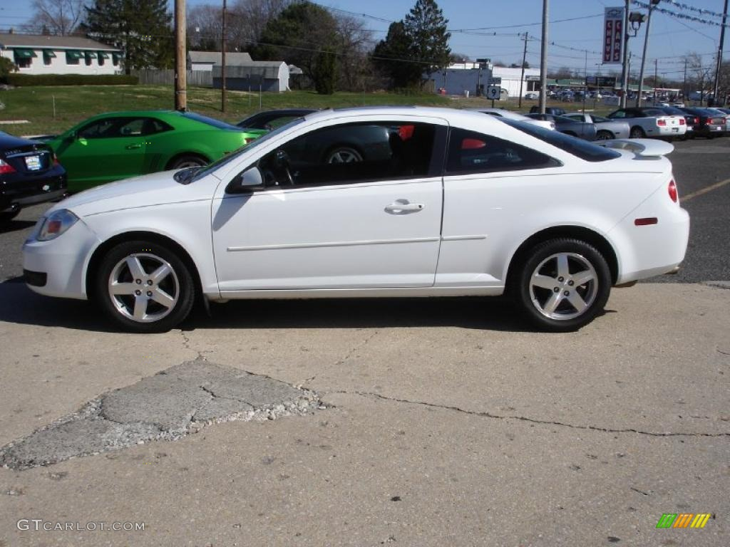 summit white 2005 chevrolet cobalt ls coupe exterior photo. Black Bedroom Furniture Sets. Home Design Ideas