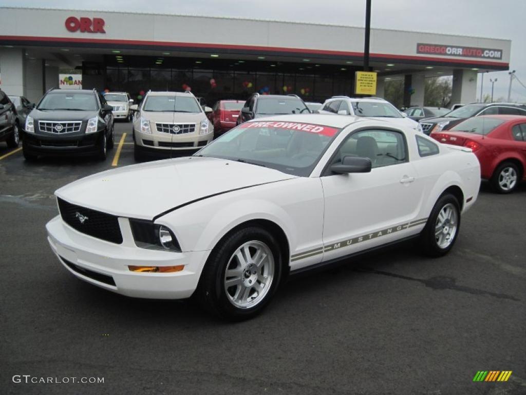 2007 Mustang V6 Premium Coupe - Performance White / Medium Parchment photo #1