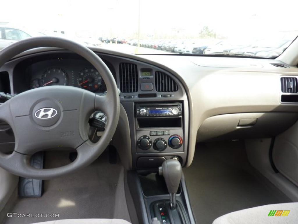 2005 Hyundai Elantra Gls Sedan Beige Dashboard Photo 47293580 Gtcarlot Com