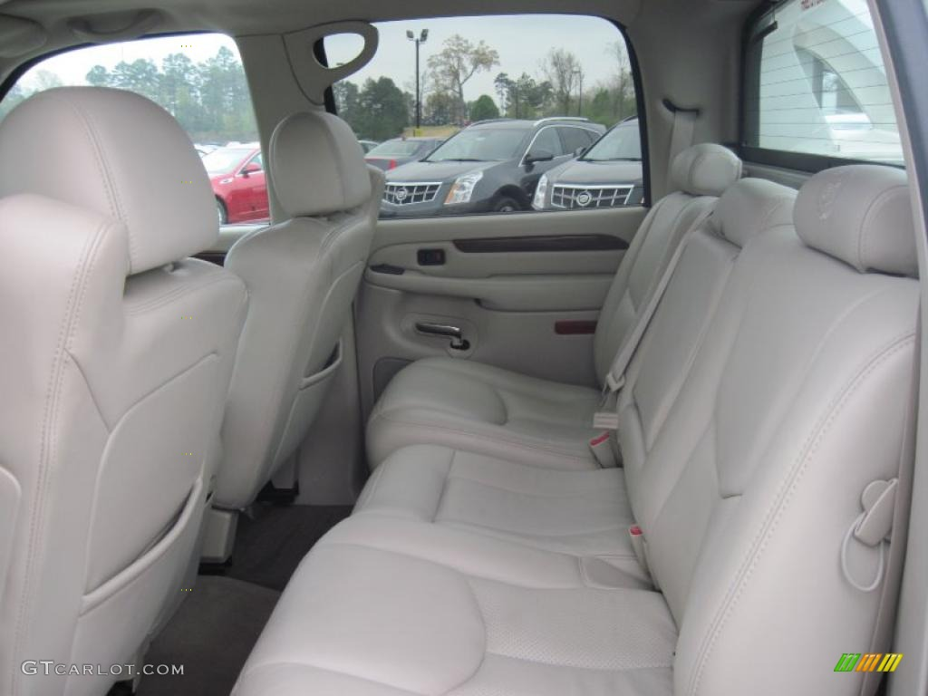 Shale Interior 2004 Cadillac Escalade EXT AWD Photo ...