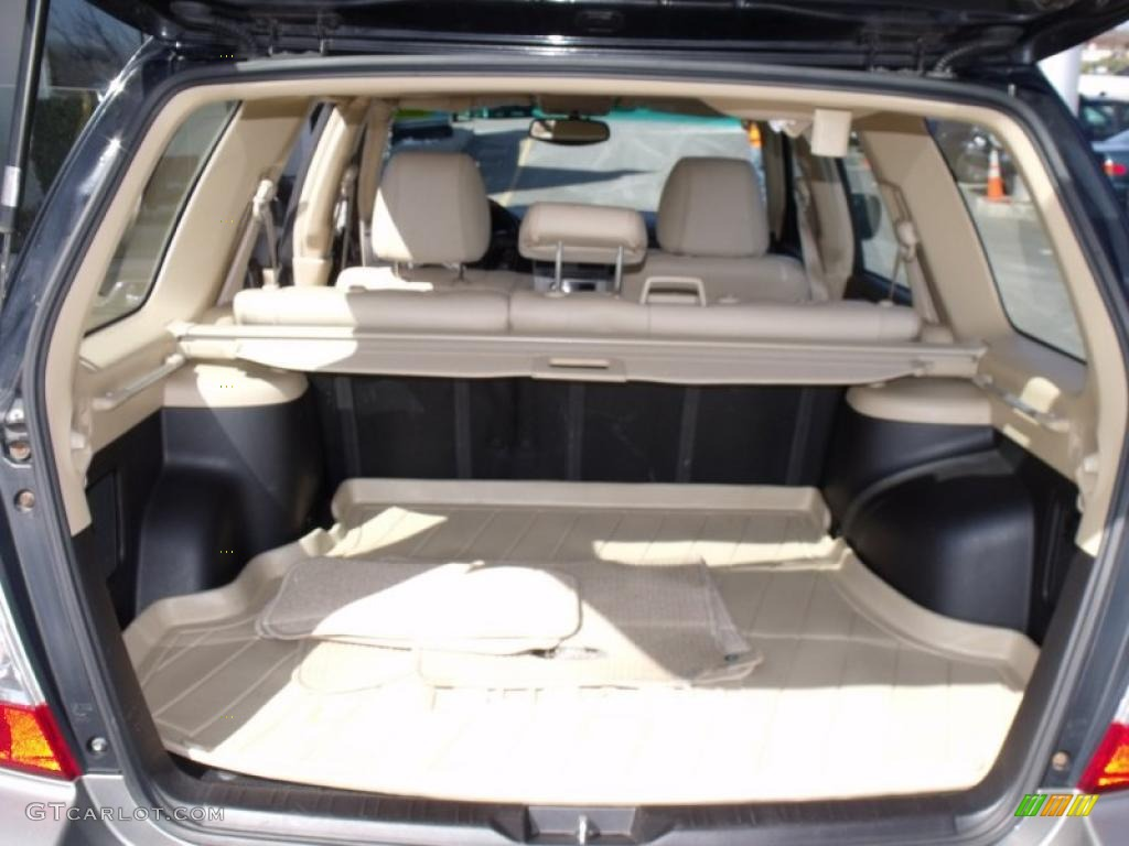 2006 subaru forester 2 5 x l l bean edition trunk photo 47303453. Black Bedroom Furniture Sets. Home Design Ideas