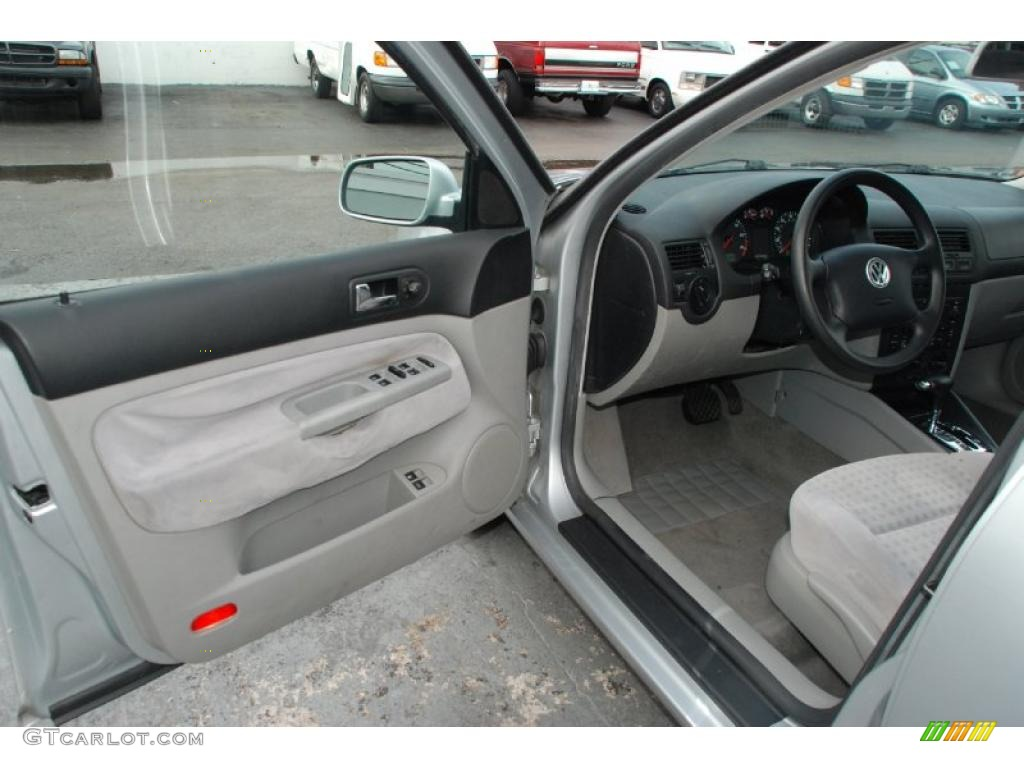 2003 Volkswagen Jetta Gls 1 8t Wagon Grey Door Panel Photo 47303801
