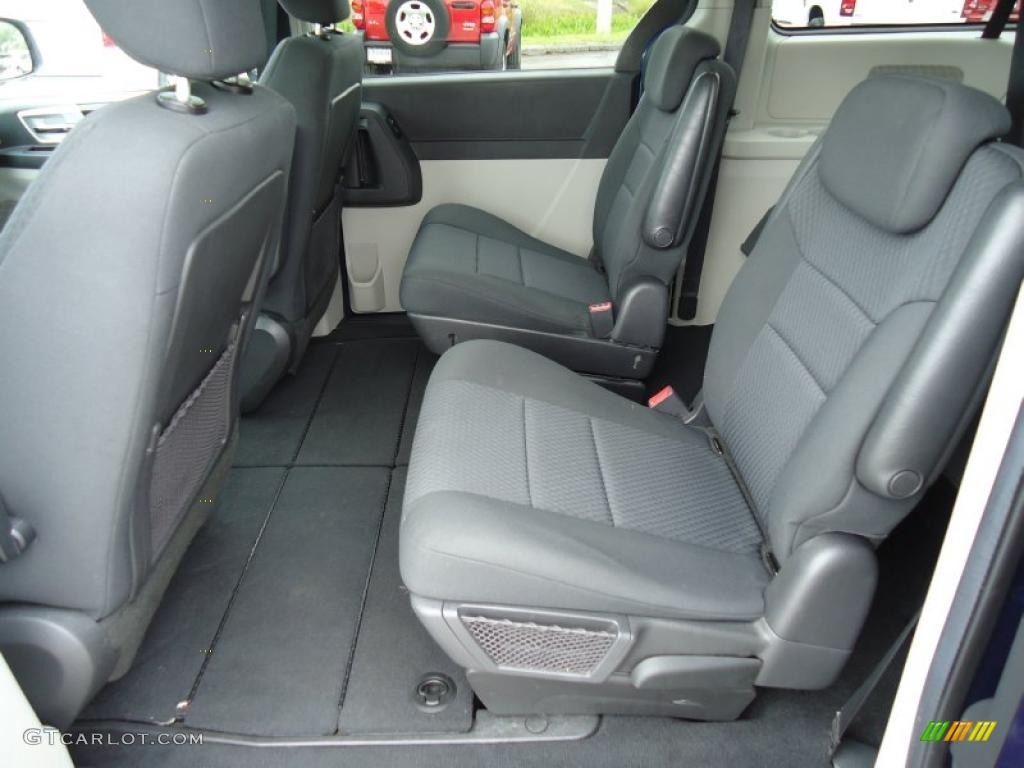 Dark Slate Gray Light Shale Interior 2010 Dodge Grand Caravan Sxt
