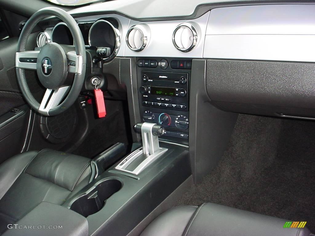 2006 Mustang V6 Premium Coupe - Redfire Metallic / Dark Charcoal photo #12